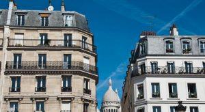 immeuble paris montmartre 2 300x164 - Le retour de l'encadrement des loyers dans le projet de loi Logement.