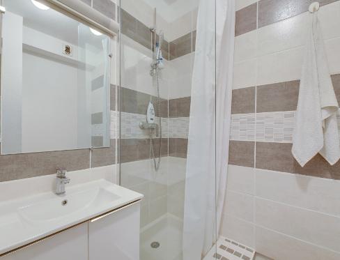 Résidence Montpellier salle de bain